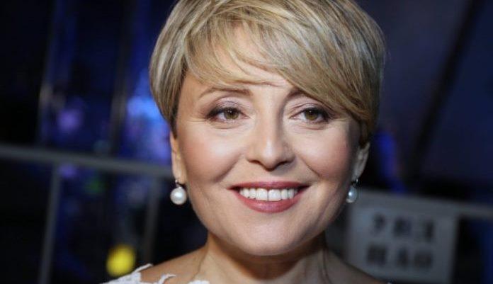 Анжеліка Варум відмовилася виступати в Криму заради поїздок до Львова