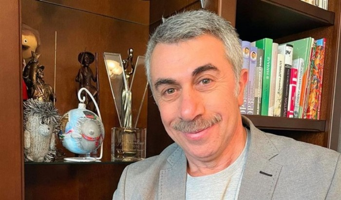 """""""Я вас дуже здивую"""" – лікар Комаровський пояснив, чи можна давати дітям фруктові соки"""